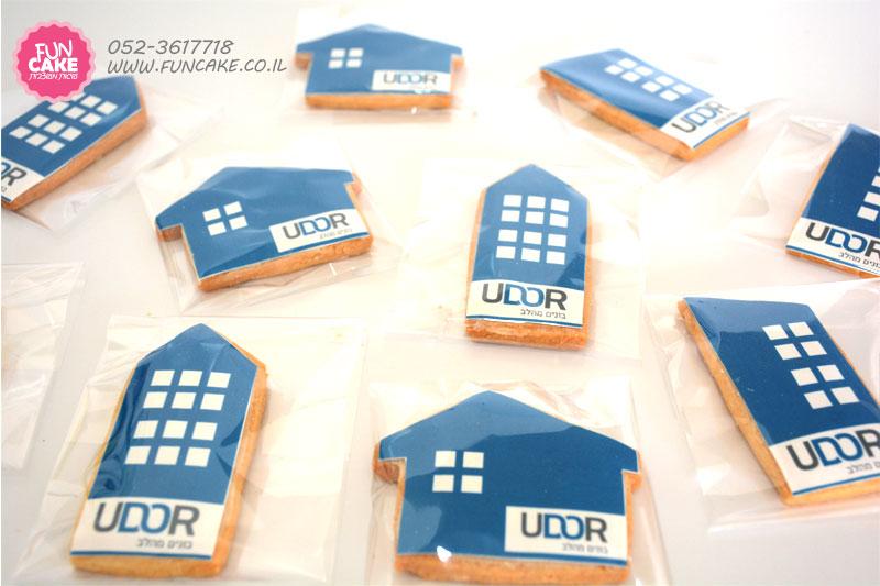 עוגיות עם לוגו